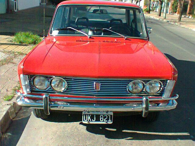 http://www.fierrosclasicos.com/wp-content/uploads/2015/03/FIAT-1600-70-3.jpg