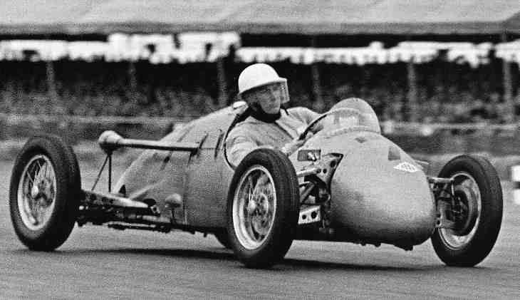1 STIRLING MOSS DEBUTABA 1948